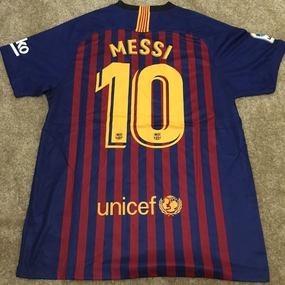 64a1e1f52f6 NEW Barcelona Home 18  19 Jersey La Liga MESSI 10